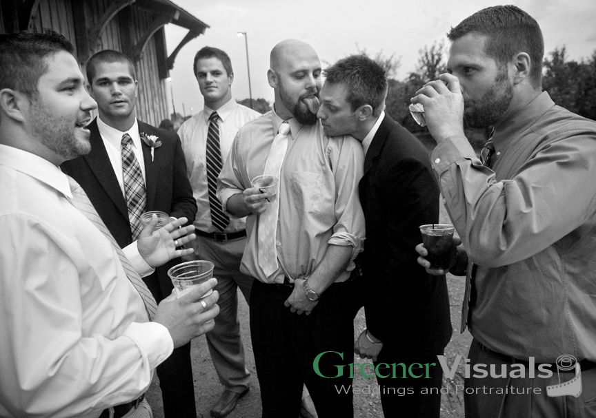 Greener_M_07102010_Wedding_AdamApril3342